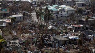 Destruição no município de Coteaux, no Haiti, depois da passagem do furação Matthew