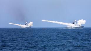 Ảnh minh họa : Hải quân Trung Quốc tập trận bắn đạn thật ở Bộc Hải. Ảnh ngày 07/08/2017.