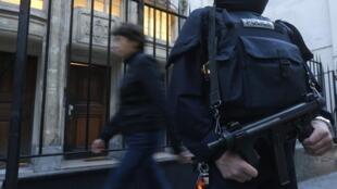 A operação antiterrorista realizada no sábado, 6 de outubro, deixou um morto e 11 detidos.