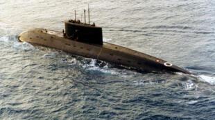 Việt Nam mua 6 tầu ngầm hạng Kilo của Nga
