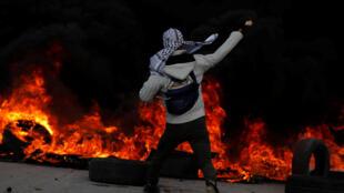 """Trump lança Médio Oriente para círculo de fogo"""