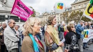 Periodicamente, aposentados franceses fazem manifestações pelo aumento das pensões (3 de outubro de 2018).