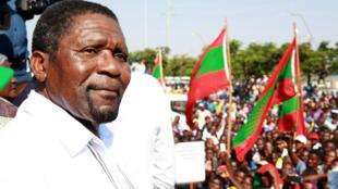 Isaías Samakuva, presidente da UNITA eleito em 2003 não é candidato à sua própria sucessão em Novembro de 2019