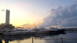 A marina Zaitunay Bay, um dos principais projetos erguidos pela Solidere na reconstrução pós-guerra.