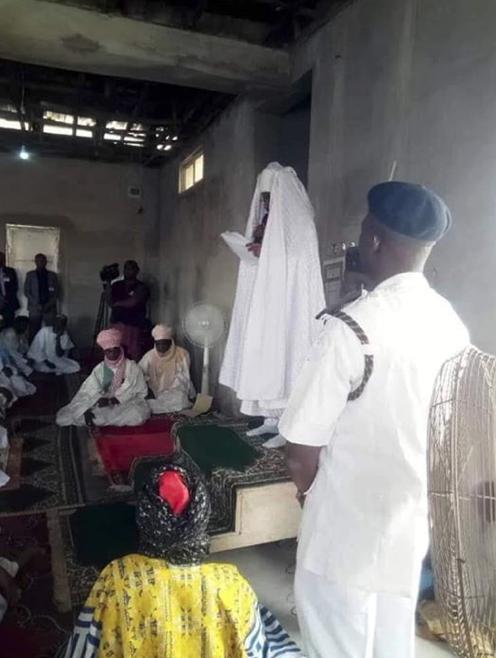 Lokacin da Sanusi Lamido ke gabatar da hububar sallar Juma'ar yau a garin Awe na jihar Nasarawa