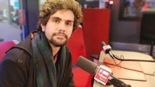 Ciro Sales falou sobre peças de teatro sobre temas ambientais e redes sociais
