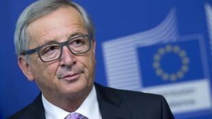 O presidente da Comissão Europeia, Jean-Claude Juncker, convocou uma reunião de emergência com os países dos Bálcãs para discutir a crise migratória.