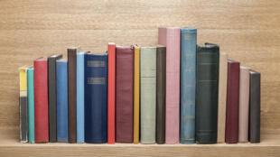 «Дневник Чумного Года»Даниэля Дефо подарит читателю эпохи коронавируса несколько часов переживаний ицелые дни размышлений