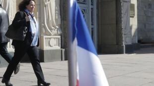 Посол Франции в России Сильви Берманн на выходе из министерства иностранных дел России, после вручения ноты о высылке дипломатов. 30 марта 2018 г.