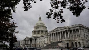 美國國會眾議院周四通過彈劾特朗普總統調查程序決議