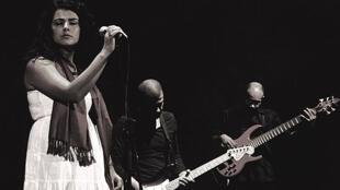 دینا ودیدی، خوانندۀ مصری، یکی از چهرههای مهم موسیقی جهان عرب به شمار میآید