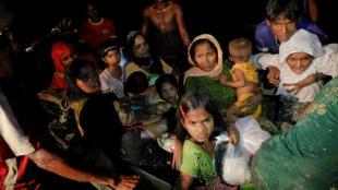 Rohingyas: muçulmanos apatridas fugindo a opressão em Mianmar.