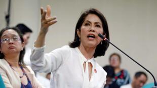 L'ancienne ministre de l'Environnement, Regina Lopez.