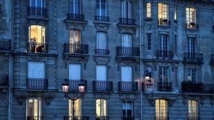 En France, depuis l'instauration du confinement, les violences conjugales ont augmenté d'un tiers.