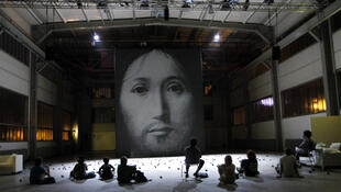 On the concept of the face of the son of God being played at the Avignon theatre festival