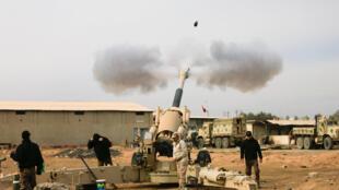 Exército iraquiano ataca posições do grupo Estado Islâmico em Mosul (8/12/2016).
