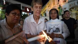 Après sept mois de bataille administrative pour éviter l'expulsion, la religieuse Patricia Fox a finalement annoncé qu'elle allait quitter les Philippines.