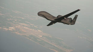 یک پهپاد بدون موشک آمریکایی، مدل RQ-4 Global Hawk