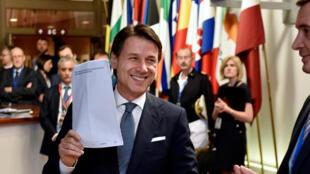 """""""A Itália não está mais só"""", comemorou Giuseppe Conte"""