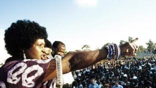 Winnie Mandela. 13 de Abril de 1986.