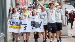 Les étudiants sont partis de Worcester jeudi pour rallier Springfield ce dimanche.