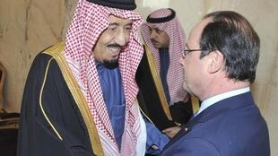Hollande foi recebido na Arábia Saudita nesse domingo pelo príncipe herdeiro Salman.