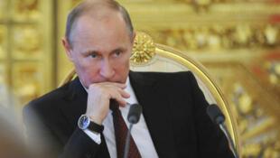 """Para o presidente russo, Vladimir Putin, o assassinato de Boris Nemtsov é """"uma provocação""""."""