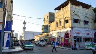 Vue d'une rue de la ville Djibouti (Image d'illustration).