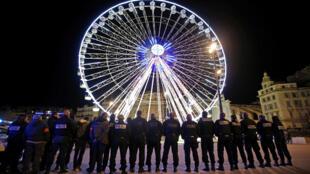 Police demonstrate in Marseille this week