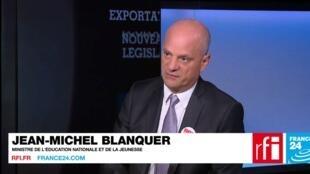 Jean-Michel Blanquer répond aux question de Roselyne Febvre.