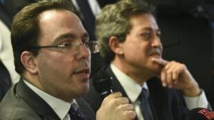 President of the parliamentary commission Georges Fenech and rapporteur Sébastien Pietrasanta (l)