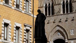 Ngân hàng Monte dei Paschi của Ý có thể là ngòi nổ làm tan vỡ eurozone ?