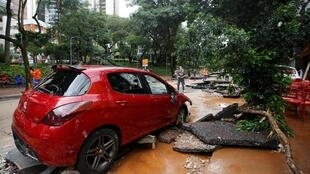 Des pluies diluviennes ont entraîné d'importantes inondations dans le sud-est du Brésil, comme ici à Belo Horizonte.