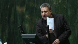 حشمتالله فلاحت پیشه رئیس کمیسیون امنیت ملی و سیاست خارجی مجلس شورای اسلامی ایران
