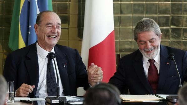 O presidente Luiz Inácio Lula da Silva com o presidente da França, Jacques Chirac, no Palácio do Planalto em 25 de maio de 2006