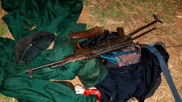 Farda de guerrilheiros da Renamo que tem deputados suspeitos de financiar junta militar