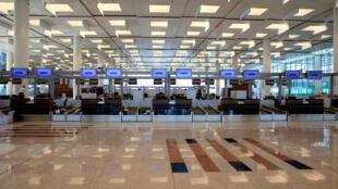 La zone d'embarquement du nouvel aéroport international d'Islamabad avant son ouverture. Ce jeudi 3 mai, les avions ont décollé et atterri comme prévu.