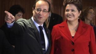 លោកប្រធានាធិបតីបារាំង François Hollandeនិងលោកស្រីប្រធានាធិបតីប្រេស៊ីល Dilma Roussef នៅទីក្រុងRioថ្ងៃពុធ២០មិថុនា២០១២