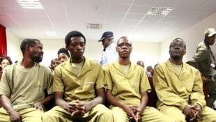 O julgamento dos 17 activistas angolanos decorre desde 16 de Novembro.