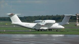 Un avion cargo Antonov type AN-72. C'est ce modèle d'avion qui a été affrété par la présidence en RDC qui s'est écrasé le 10 octobre 2019 (Image d'illustration).