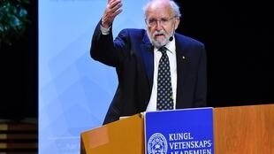 Michel Mayor, co-découvreur des exo-planètes, le 8 décembre 2019 lors de sa «lecture Nobel» à Stockholm.