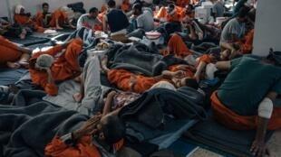 """恐怖组织""""伊斯兰国""""囚犯资料图片"""
