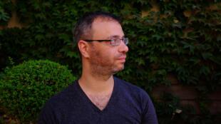 O diretor sírio Omar Abusaada