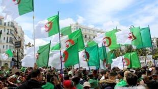 تظاهرات علیه حکومت  الجزایر, le 12 avril 2019.
