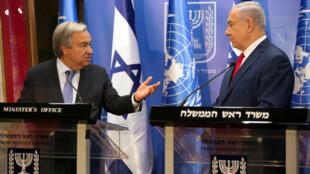 លោក Antonio Guterres (ខាងឆ្វេង) និងលោក Netanyahu នៅក្រុងហ្សេរូសាឡឹម ថ្ងៃទី ២៨សីហា២០១៧