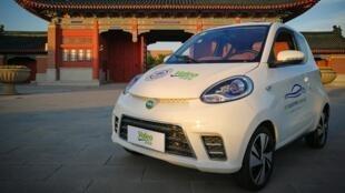 Cabo Verde quer carros eléctricos a circular no país entre 2020 a 2050