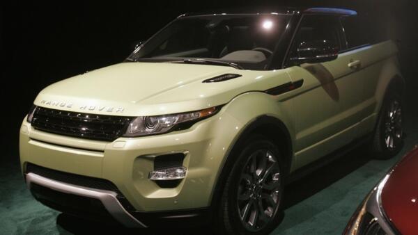 Range Rover apresenta no primeiro dia do Salão de Detroit o carro crossover Evoque.