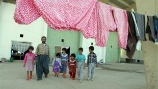 Une famille Kurde à Kirkouk en 2003.