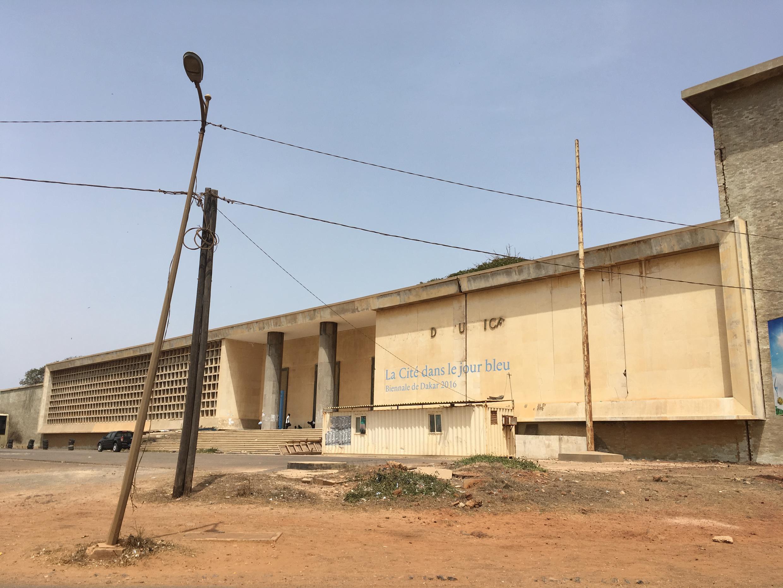 L'ancien palais de justice de Dakar a accueilli La Cité dans le jour bleu en 2016