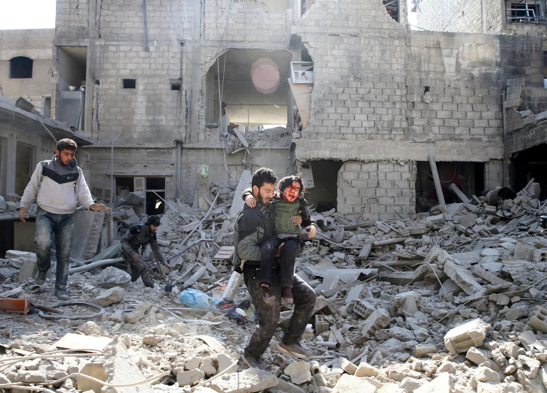 Восточная Гута после бомбардировок прорежимных сил, 21 февраля 2018 года, Сирия.